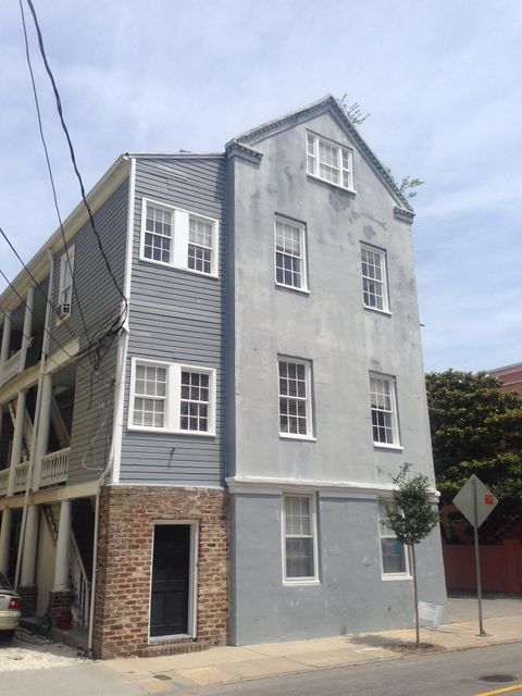 42  Wentworth Street Charleston, SC 29401