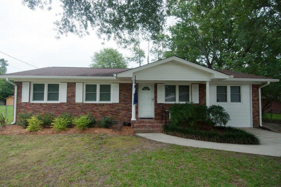 102  Tupelo Drive Summerville, SC 29485