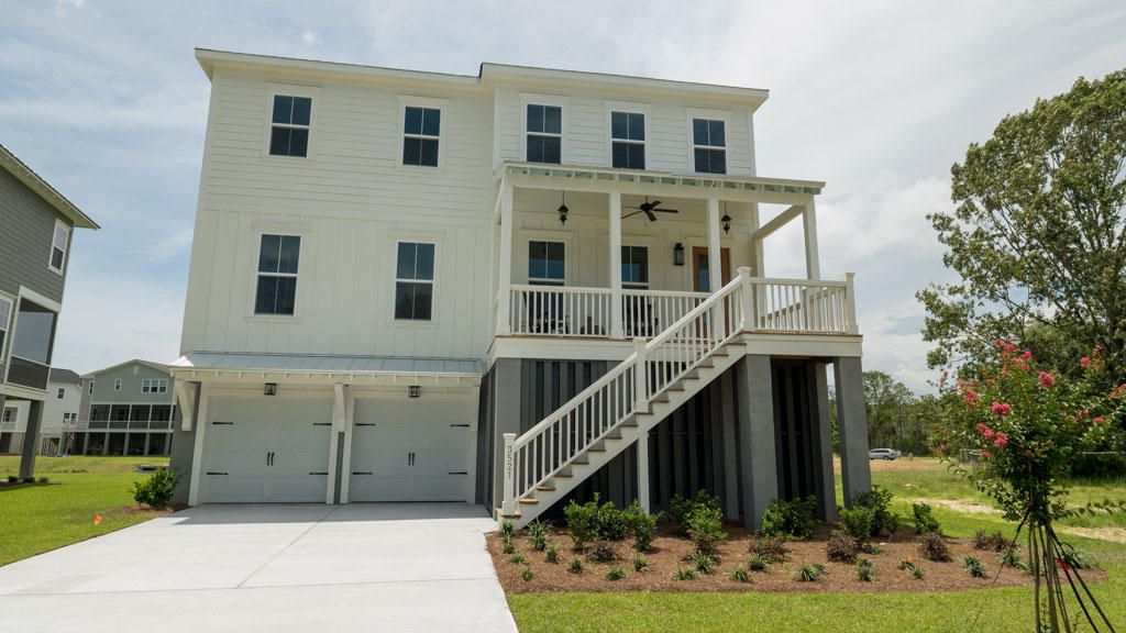 3521  Saltflat Lane Mount Pleasant, SC 29466