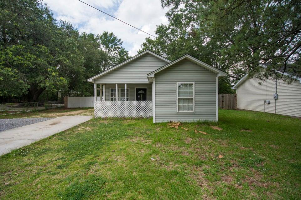 2594  Otranto Road North Charleston, SC 29406