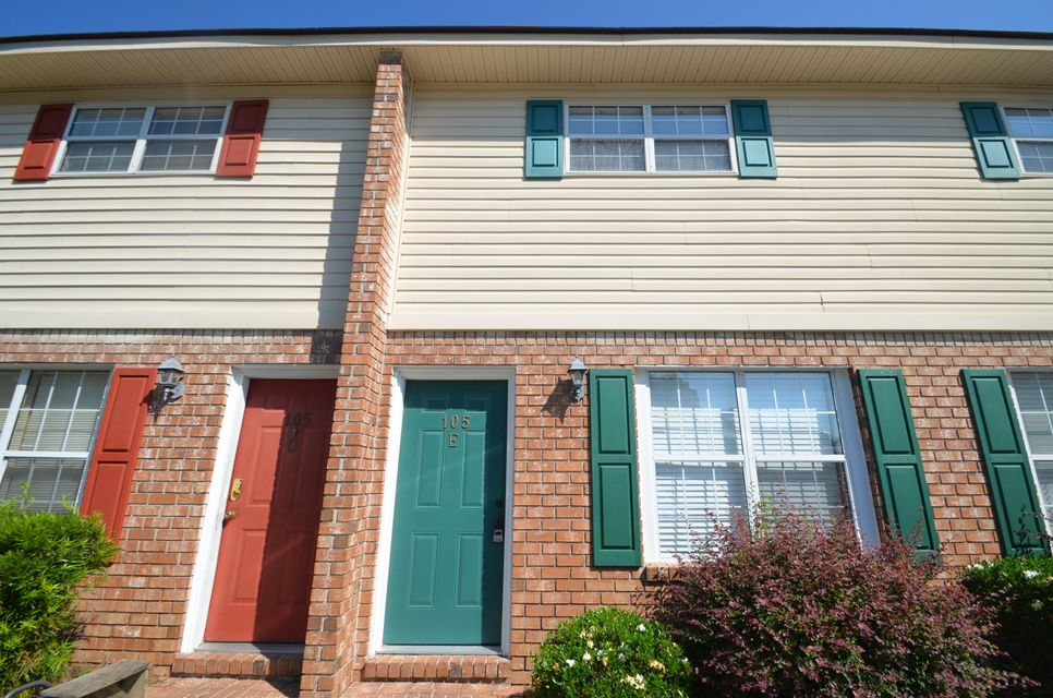 105  Hickory Lane Ladson, SC 29456