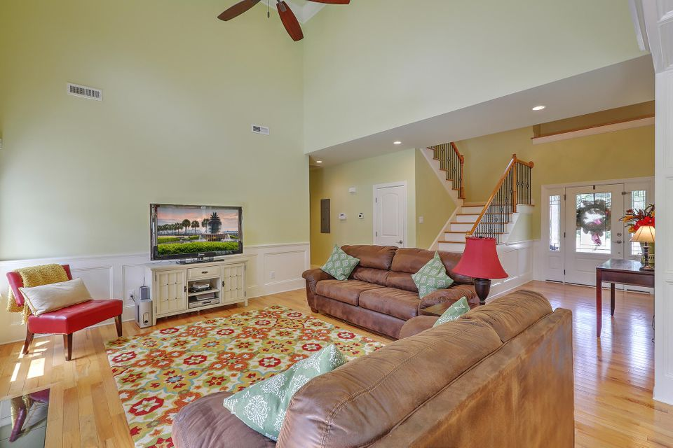 1335  Salt Marsh Cove Charleston, SC 29412