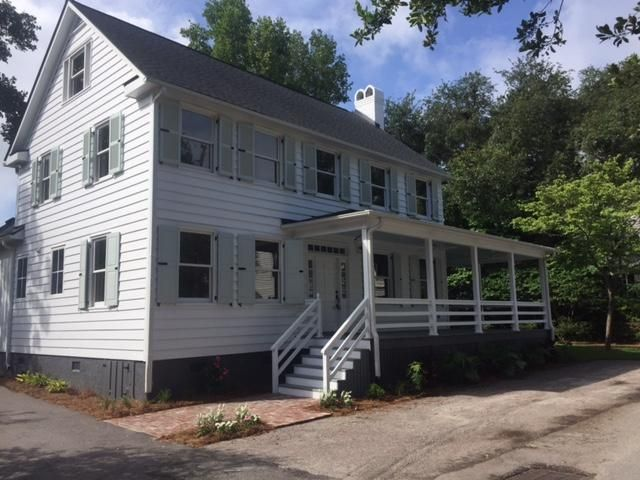 133  Mary Street Mount Pleasant, SC 29464