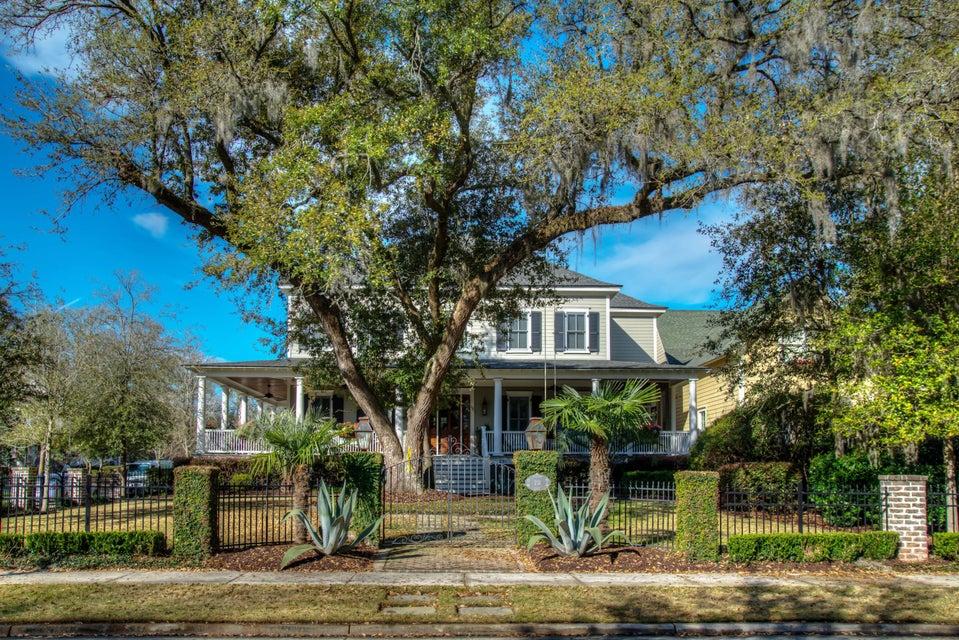 231  Delahow Street Charleston, SC 29492