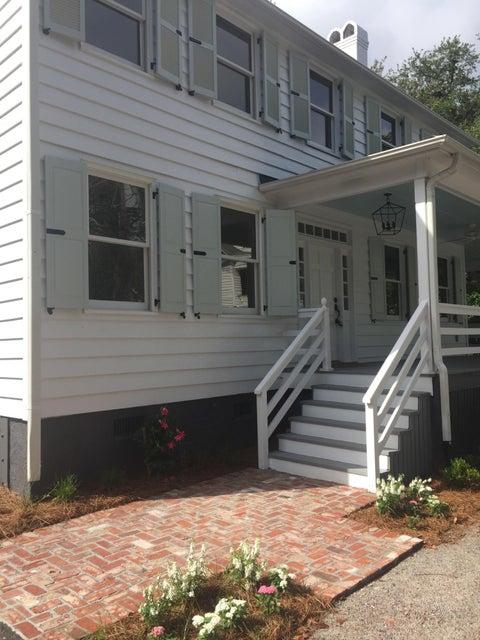 133  Mary Street Mount Pleasant, SC 29464