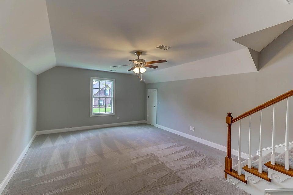 5541  Crescent View Drive North Charleston, SC 29420