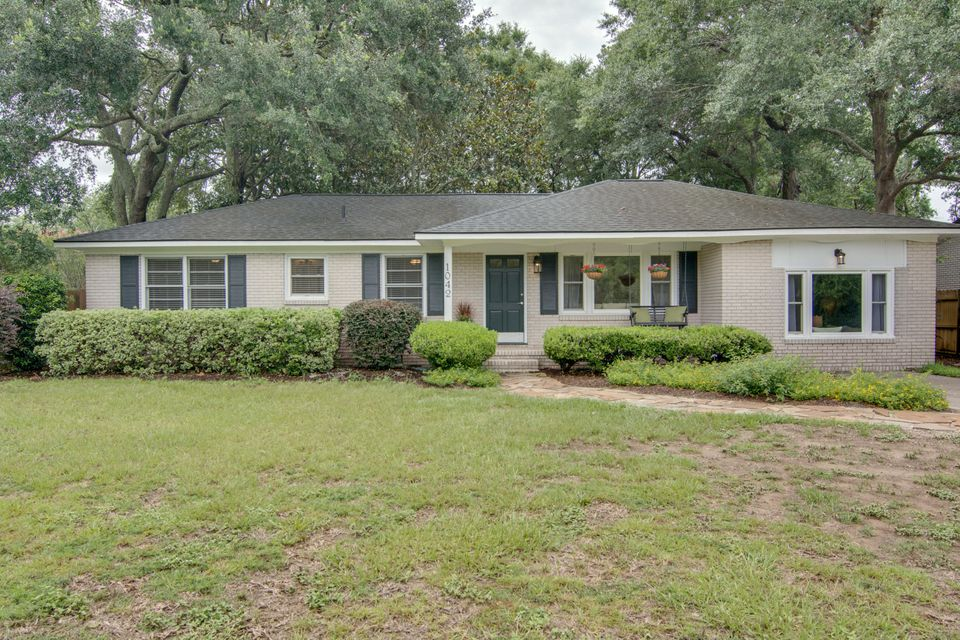 1042  Honeysuckle Lane Charleston, SC 29412