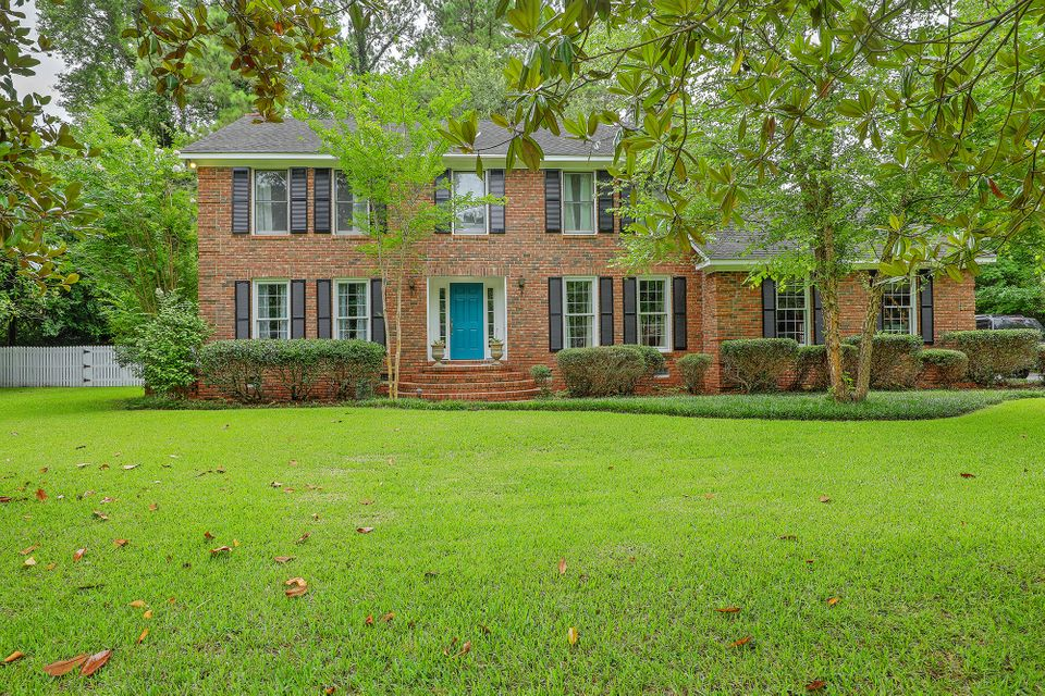 114  Dorchester Avenue Summerville, SC 29483