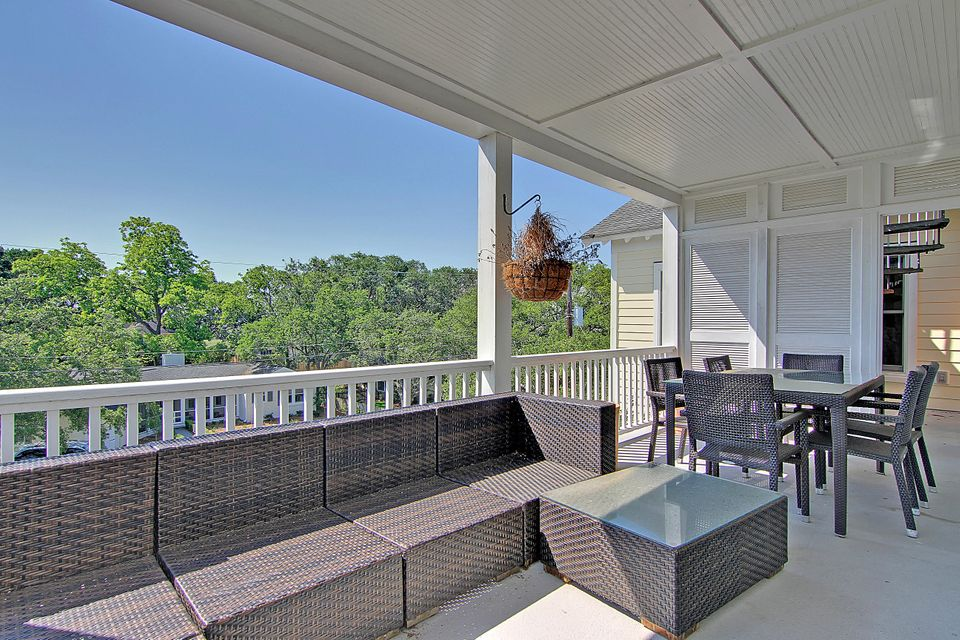 9  William Street Mount Pleasant, SC 29464