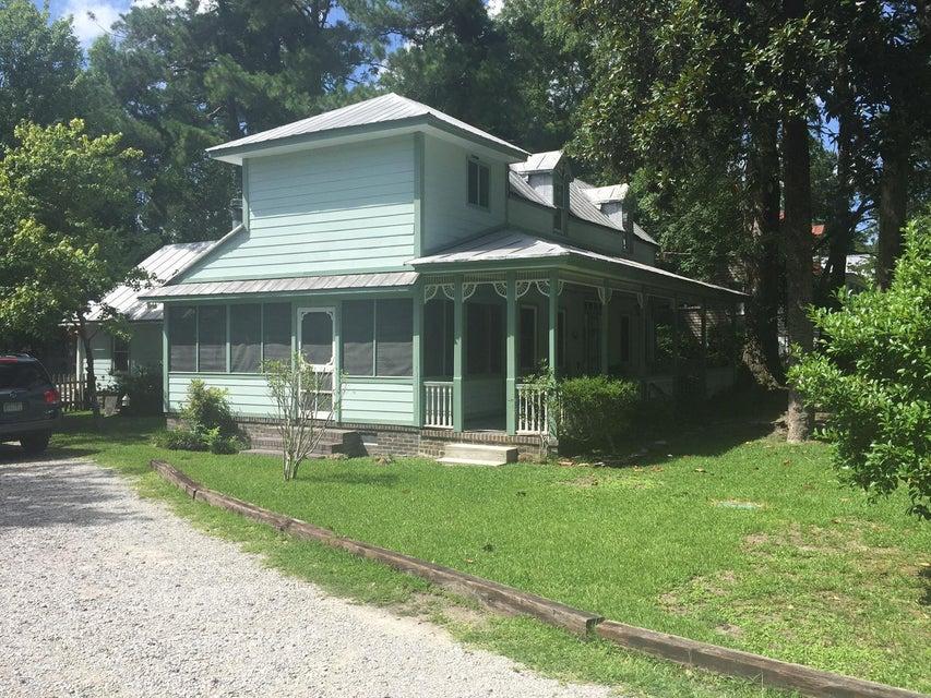 408 S Magnolia Street, Summerville, SC 29483