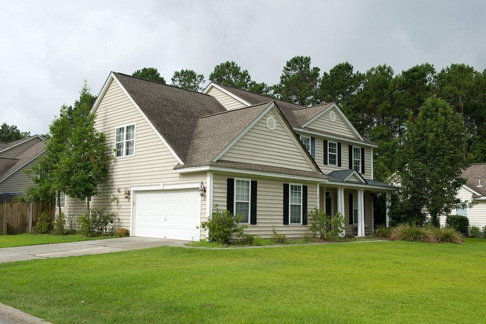 2012  Hammond Drive Mount Pleasant, SC 29466