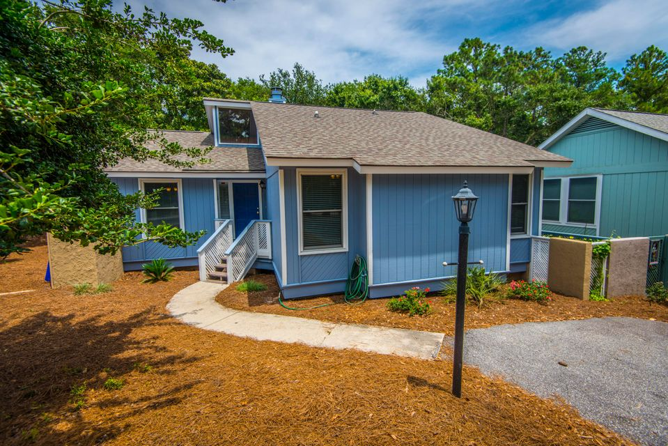 5  Lake Village Lane Isle Of Palms, SC 29451