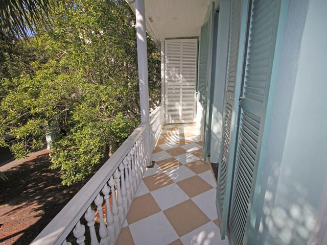 2  Tradd Street Charleston, SC 29401