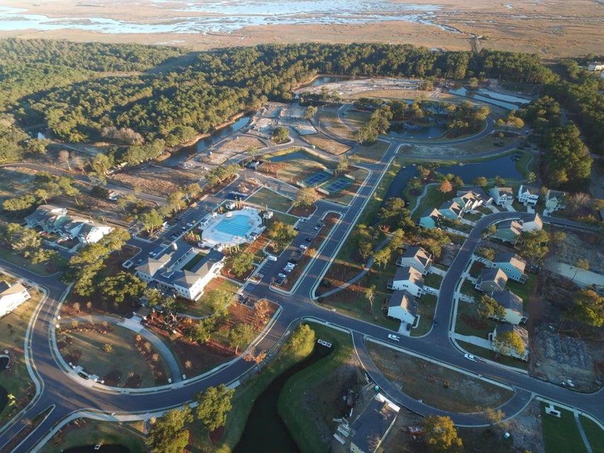 1553  Fort Palmetto Circle Mount Pleasant, SC 29466