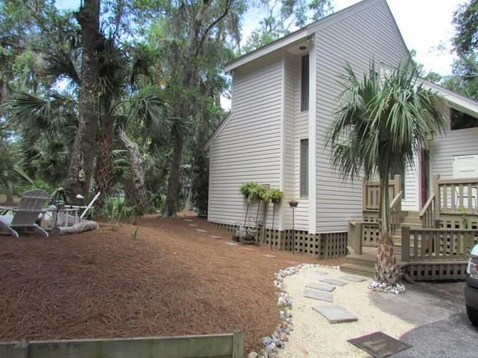 27  Pender Lane Edisto Beach, SC 29438