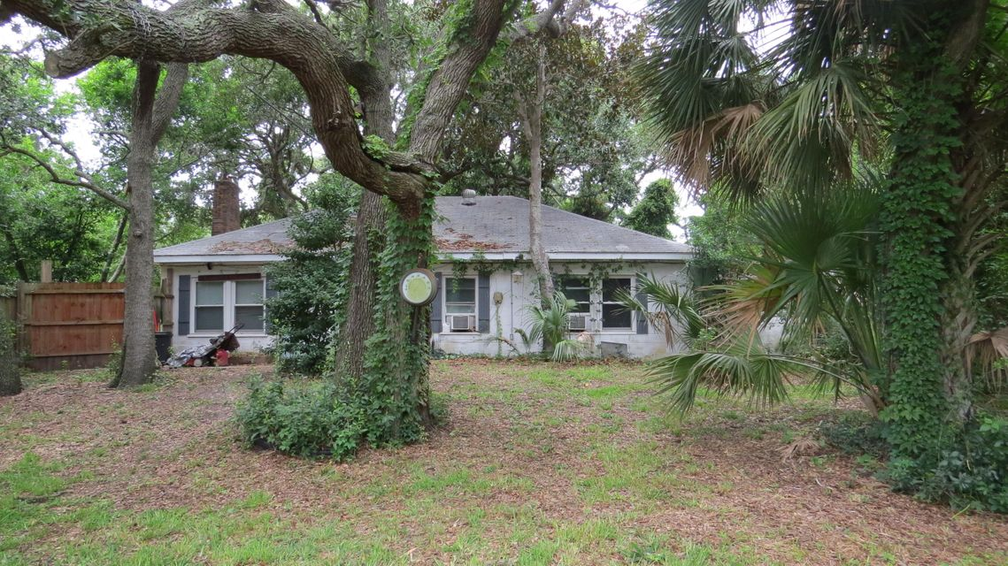 1202 E Ashley Avenue Folly Beach, SC 29439