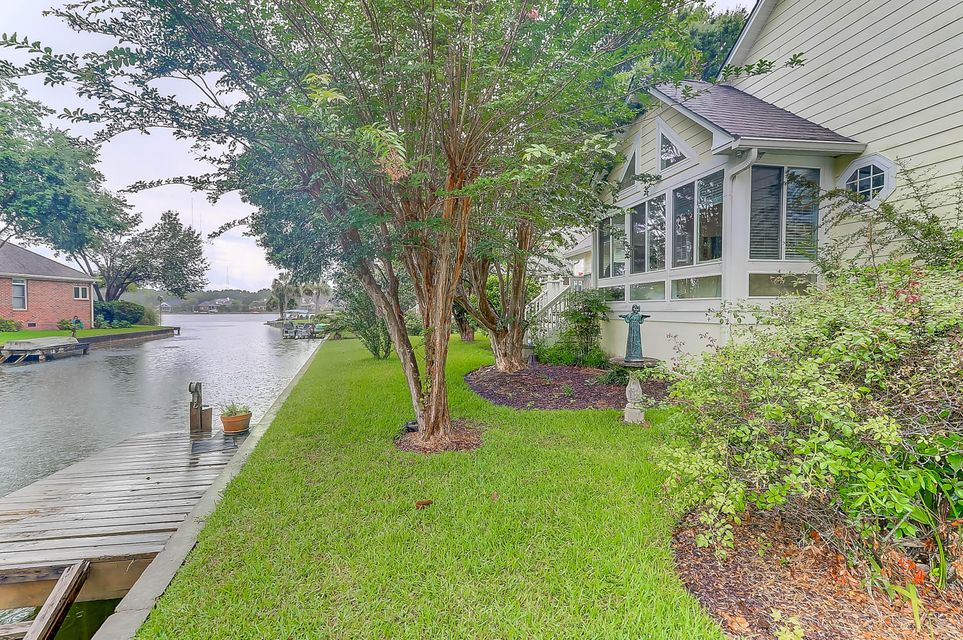 1276  Waterfront Drive Mount Pleasant, SC 29464