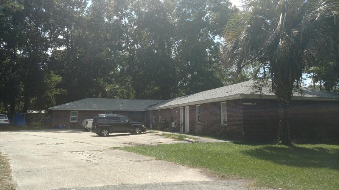 5061  Rockingham Street North Charleston, SC 29406