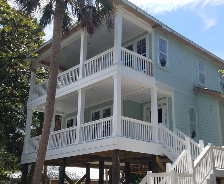 219 E Huron Avenue Folly Beach, SC 29439