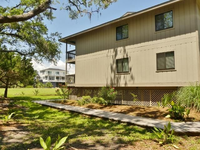 227  Sea Cloud Circle Edisto Island, SC 29438