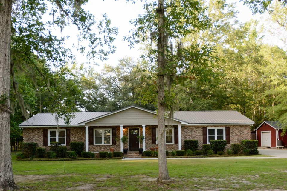 252  Summerset Lane Summerville, SC 29483