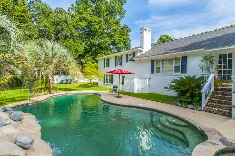 819  Colony Drive Charleston, SC 29407