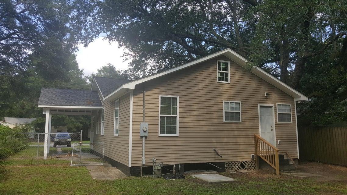 2608  South Allen Drive North Charleston, SC 29405