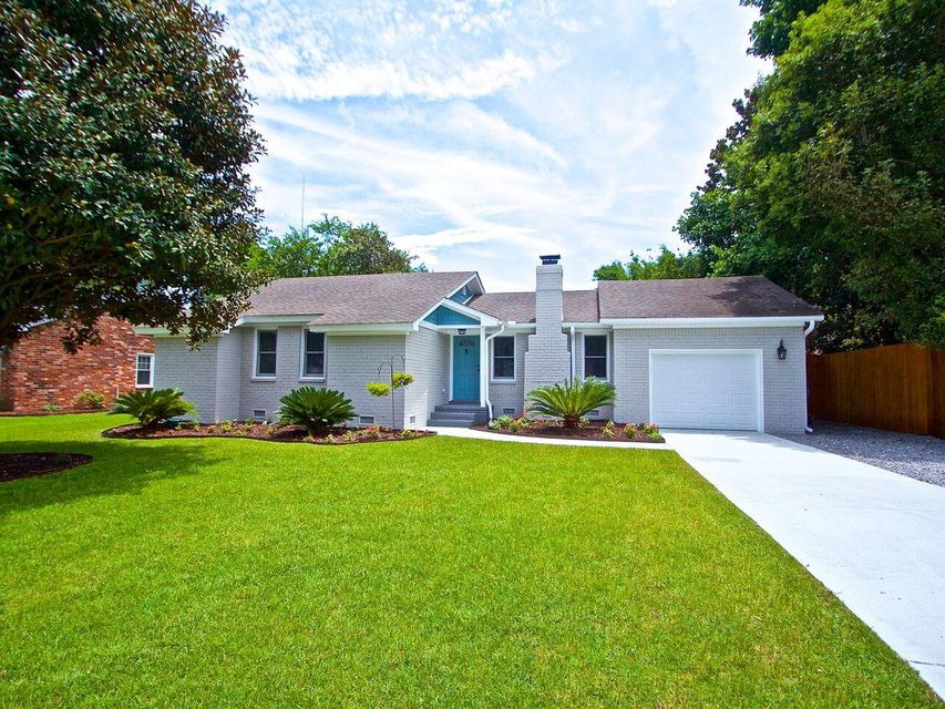 1159  Shoreside Way Mount Pleasant, SC 29464