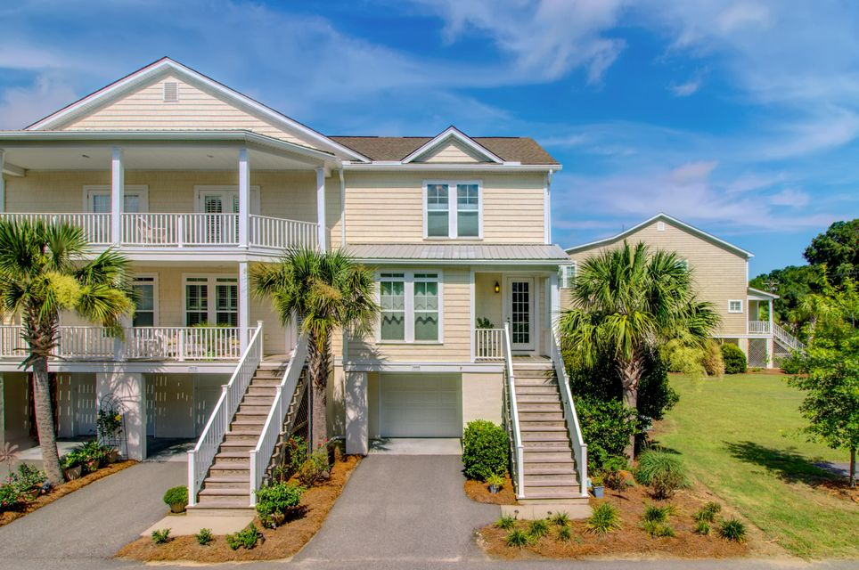 3008  Fraserburgh Way Mount Pleasant, SC 29466