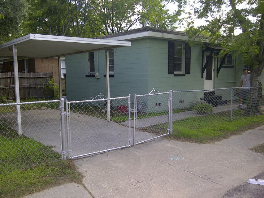 45  Drake Street Charleston, SC 29403