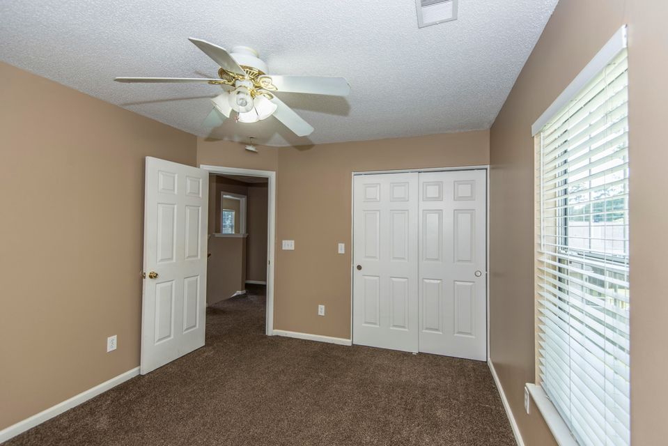 7936  Long Shadow Lane North Charleston, SC 29406