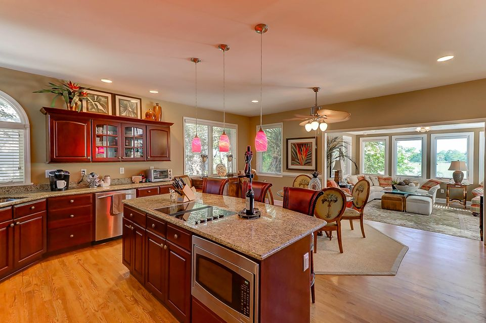 32  Seagrass Isle Of Palms, SC 29451