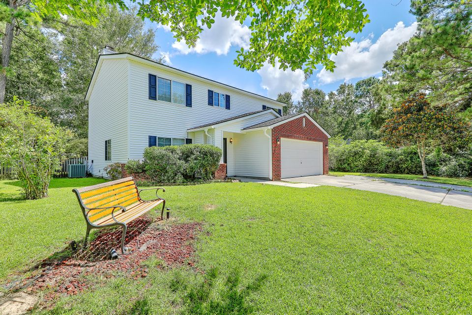 413  Catawba Drive Summerville, SC 29483