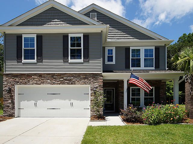 3836  Hanoverian Drive Mount Pleasant, SC 29429