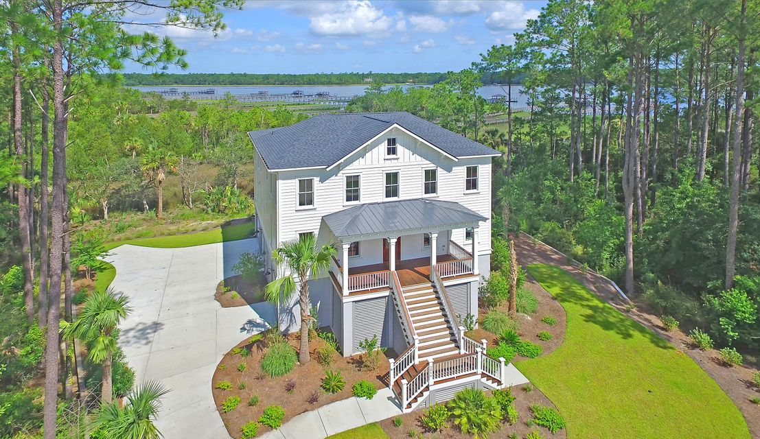 2816  Stay Sail Way Mount Pleasant, SC 29466