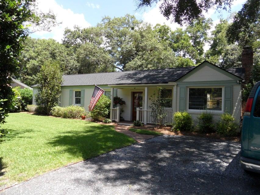 1424  Pocahontas Street Mount Pleasant, SC 29464