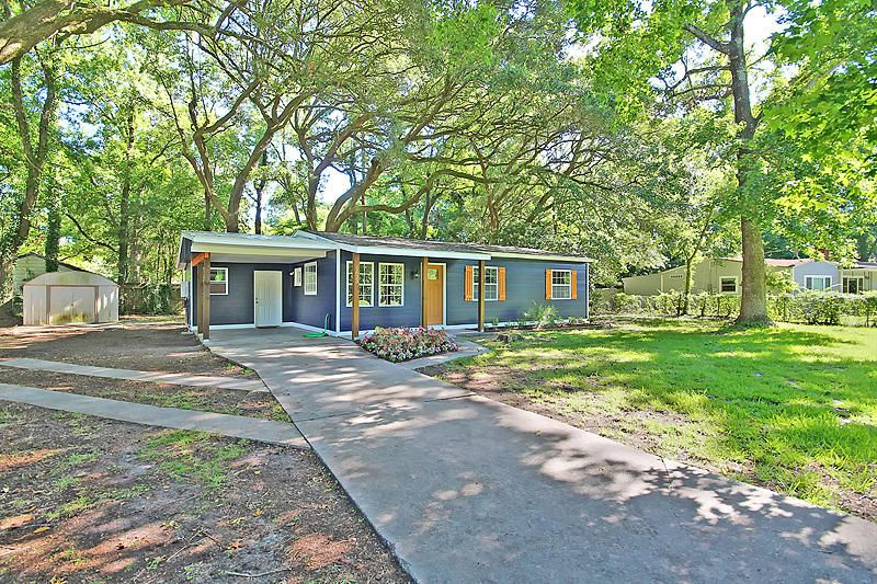 1623 W Robinhood Drive Charleston, SC 29407