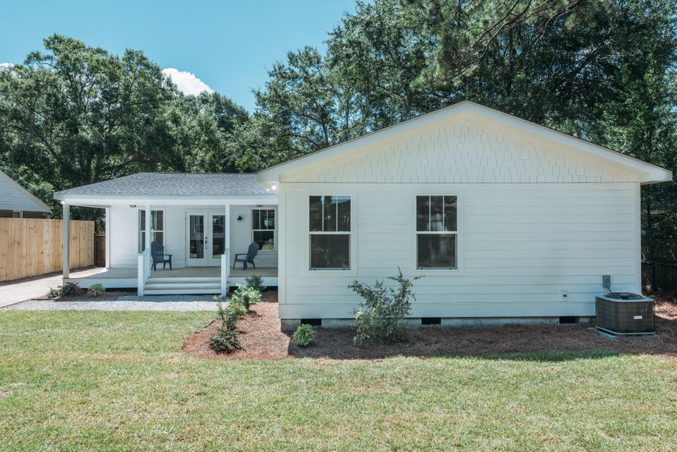 638  Coral Street Mount Pleasant, SC 29464
