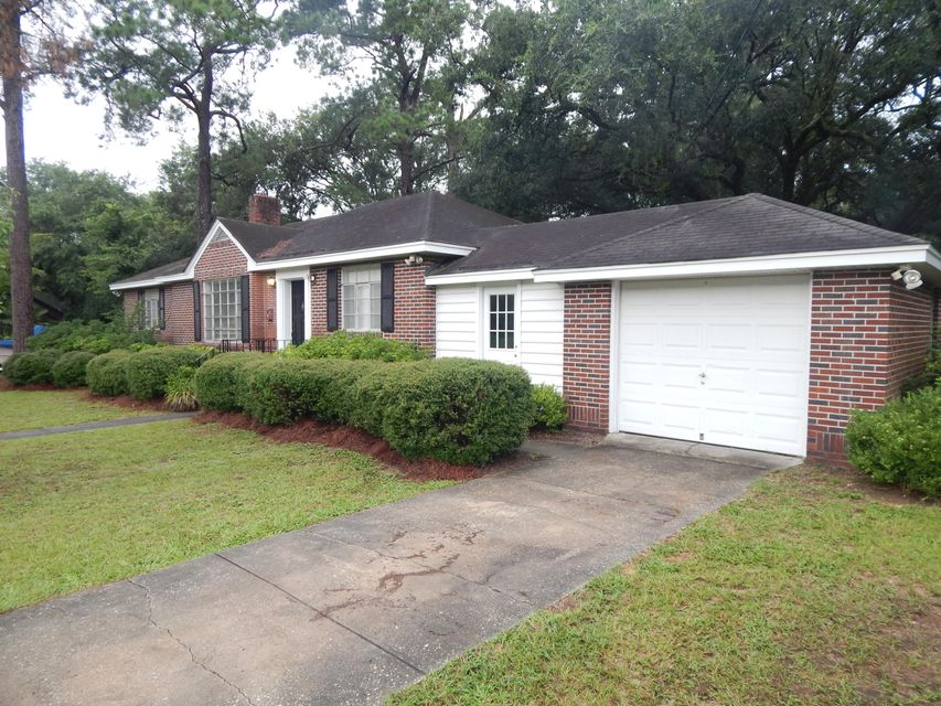 1032  Cliffwood Drive Mount Pleasant, SC 29464