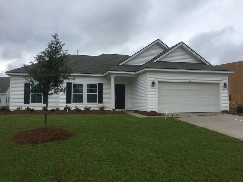 135  Firethorn Drive Goose Creek, SC 29445