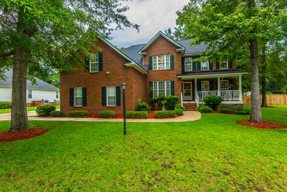 100  Haleswood Circle Goose Creek, SC 29445