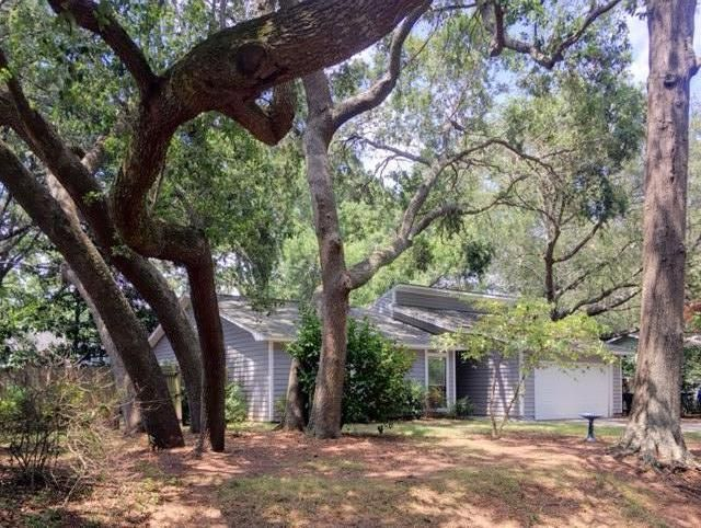 14  Brockman Drive Charleston, SC 29412