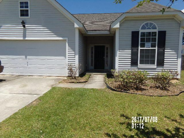 2421  Thoreau Street North Charleston, SC 29406