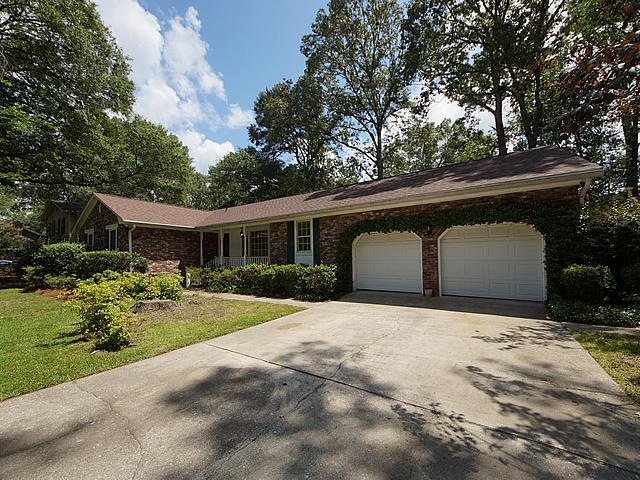 407  Lakeview Drive Summerville, SC 29485