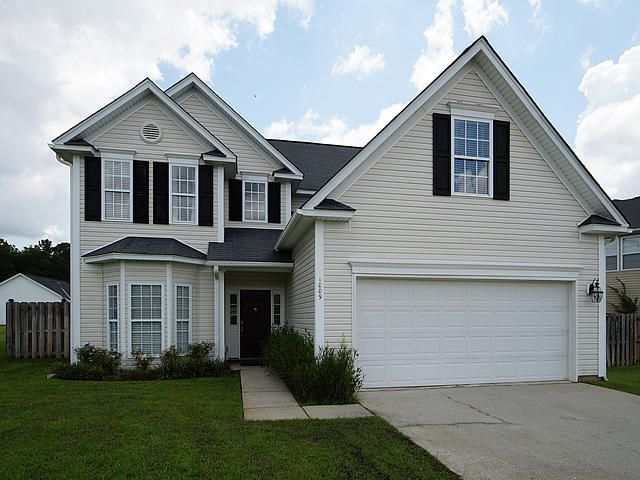 1009  Sterling Lane Summerville, SC 29483