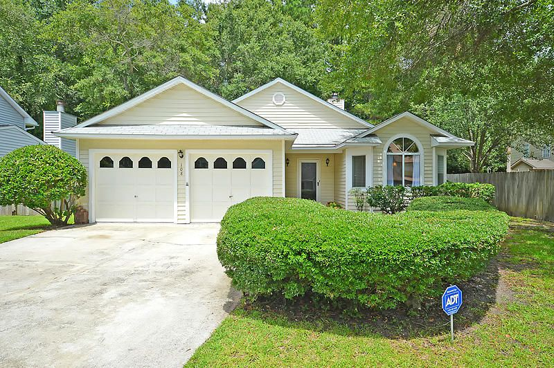 108  Knightsbridge Dr North Charleston, SC 29418