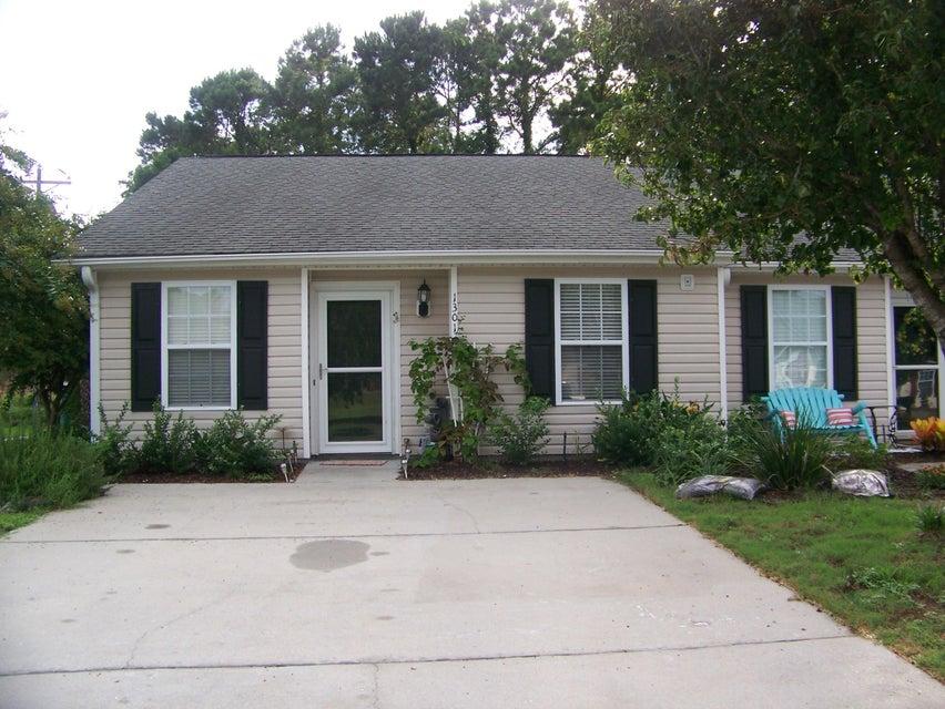 1301  Pinnacle Lane Charleston, SC 29412