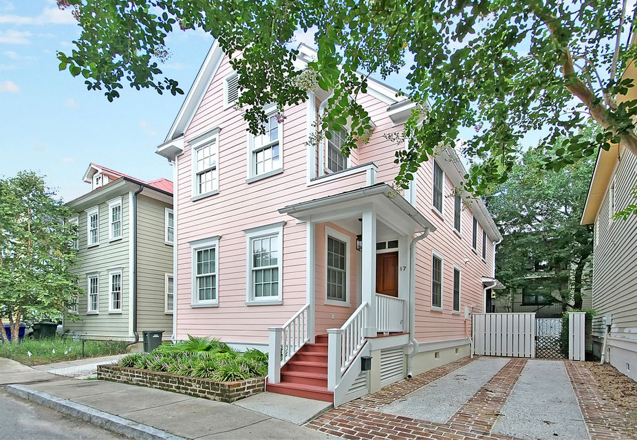 17  Radcliffe Place Charleston, SC 29403