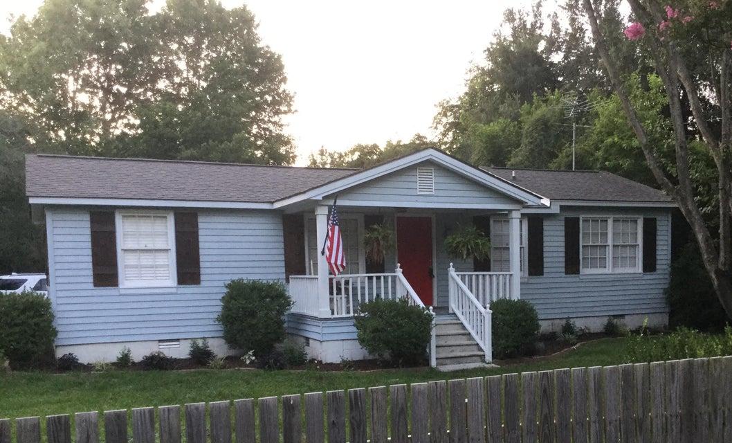 301  Hilltop Drive Bonneau, SC 29431