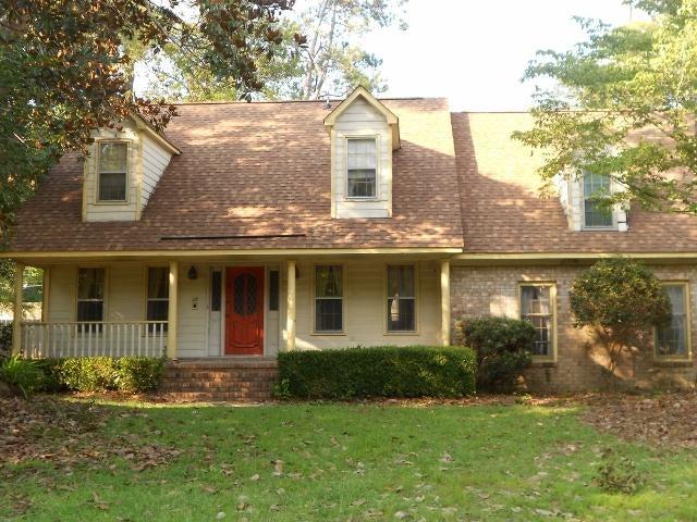 211  Fort Street Summerville, SC 29485